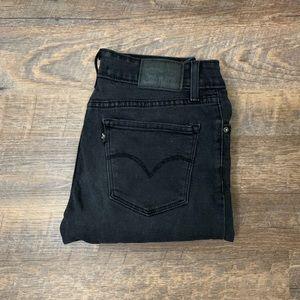 Levi's | 711 Mid Rise Black Skinny Jeans